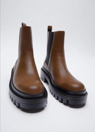 Шкіряні черевики коричневого кольору zara