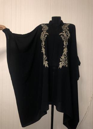 Чёрное платье туника накидка с золотой вышивкой