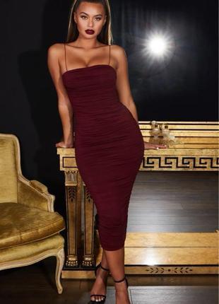 Шикарное длинное платье oh polly