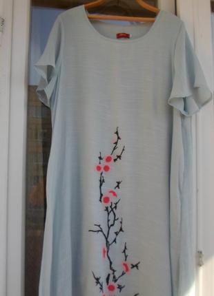 Нежно-голубое легкое,тоненькое платье с сакурой. 58-60р