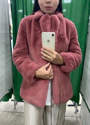 Шуба бледно розовая , в продаже 24 часа