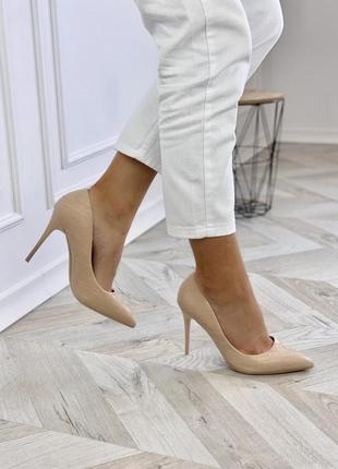 Женские туфли лодочки на каблуку