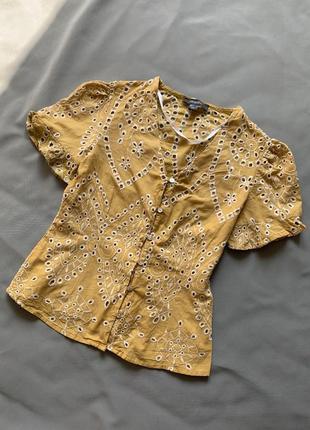 Блуза топ с вышивкой перфорацией желтая