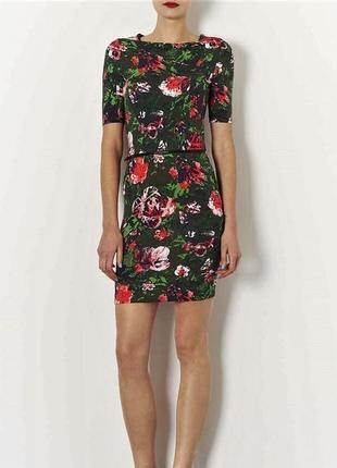 Стильное платье по фигуре в цветочный принт от topshop s, m