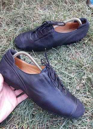 Шикарные кожаные туфли theresia m.