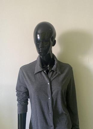 Стильная базовая рубашка