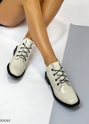 ❤️ шикарные лаковые ботинки молочные