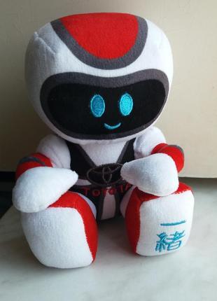 """Робот с логотипом """"toyota"""""""