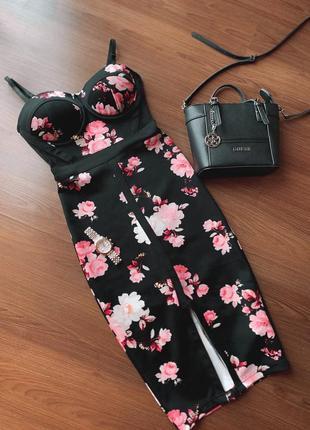Корсетное платье миди на косточках