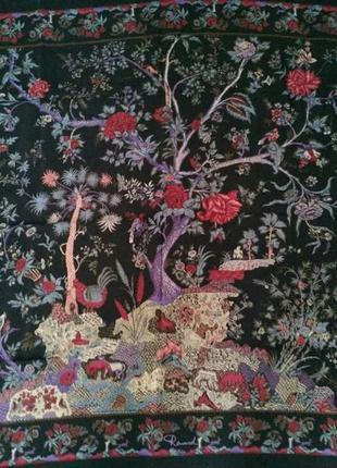 Экслюзивный невероятно красивый шелковый платок
