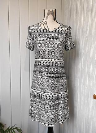 Платье миди с этно брендовое повседневное платье с орнаментом