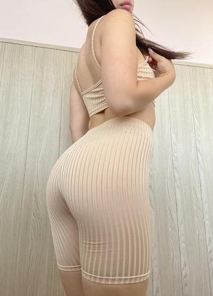 Костюм женский шорты и топ