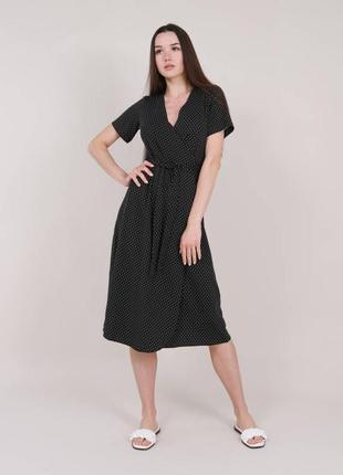 Чёрное платье в горошек на запах4 фото
