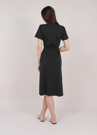 Чёрное платье в горошек на запах3 фото