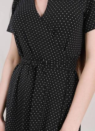Чёрное платье в горошек на запах2 фото