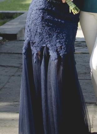 Сукня вечірня, шита на замовлення, вживу дуже вишукано і елегантно виглядає