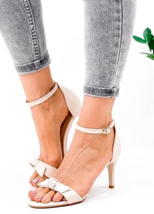 Рр 36,37,38,40.женские бежевые босоножки  туфли на шпильке