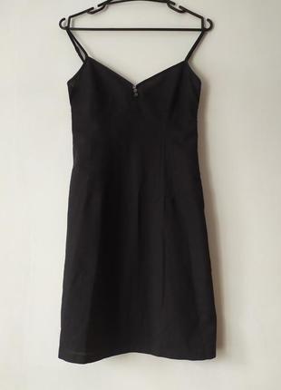 Класне чорне літнє плаття