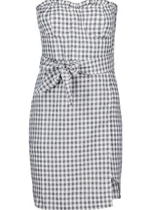 Асимметричное платье бюстье с поясом