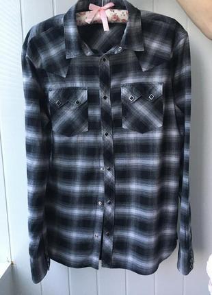 Супер стильная красивая рубашка 👕 бренд