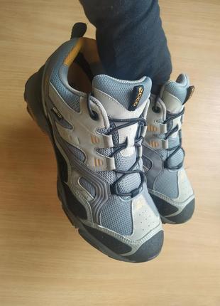 Треккинговые термо кроссовки ecco fast trail на мембране gore-tex  р.41