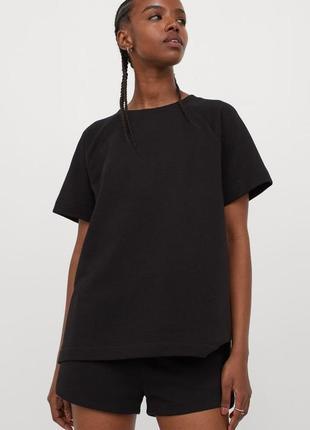 Свитшот с коротким рукавом футболка чорная плотная, футболка трендова від h&m.