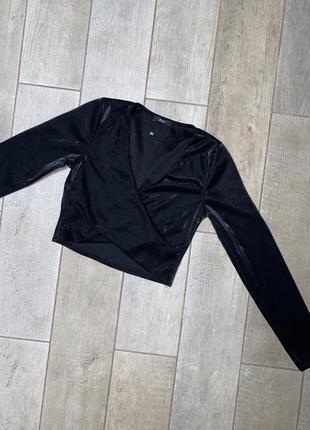 Чёрный топ с длинными рукавами,корп-топ(2)