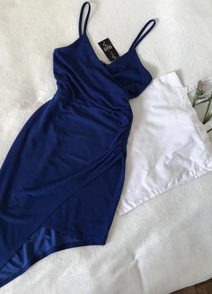 Синее новое вечернее платье в цвете електрик