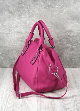 Стильная красивая яркая сумка цвета фуксия.2 фото