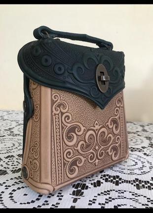 Сумка шкірна,рюкзак шкіряний,сумка з тисненням,сумка,