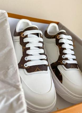 Новинка женские кроссовки наложка6 фото