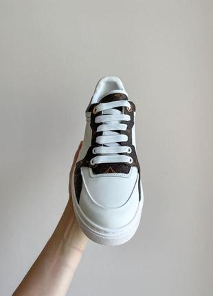 Новинка женские кроссовки наложка7 фото