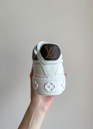 Новинка женские кроссовки наложка8 фото