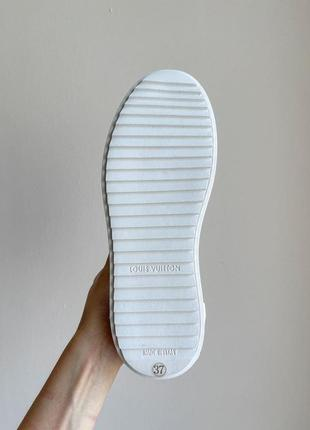 Новинка женские кроссовки наложка9 фото