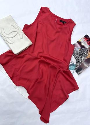 Очень стильная красная ассиметричная сатиновая нарядная  блуза  uk 14