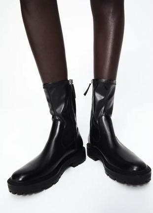 Черные ботинки на платформе/среднем квадратном каблуке зара/zara