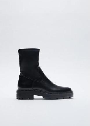 Черные ботинки на платформе/среднем квадратном каблуке зара/zara2 фото