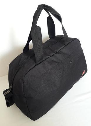 Стильная сумка спортивная4 фото