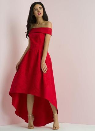 Chi chi london платье красное с вышивкой цветы миди ассиметрия с открытыми плечами