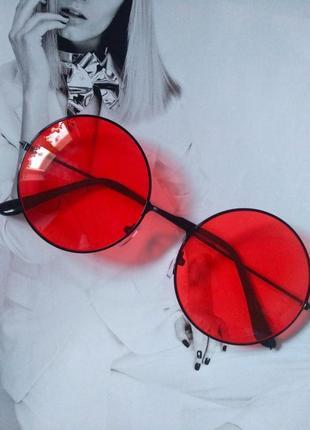 Круглые очки тишейды с цветной линзой