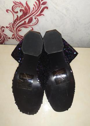 Фирменные ботинки3 фото