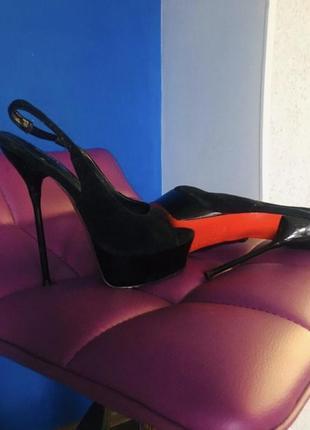 Туфли босоножки лабутены