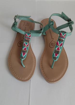Кожаные сандалии босоножки вьетнамки 37р. 24см (натур. кожа, бисер)