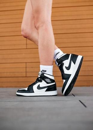 Женские кроссовки nike jordan retro 1 white/black, кроссовки  джордан