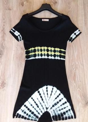 Маленькое черное платье итальянского бренда vdp