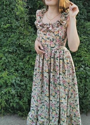 Цветочное платье сарафан