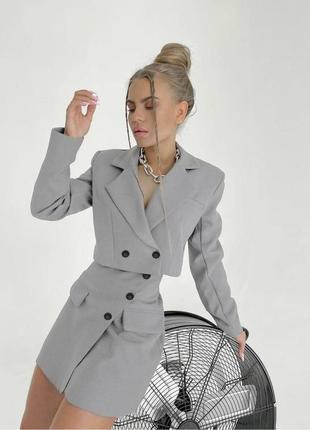 Тренд 2021 года -  костюм с укорочённым пиджаком и юбкой 212