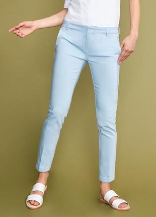Голубые брюки -сигареты со стрелками h&m 12-14 размер