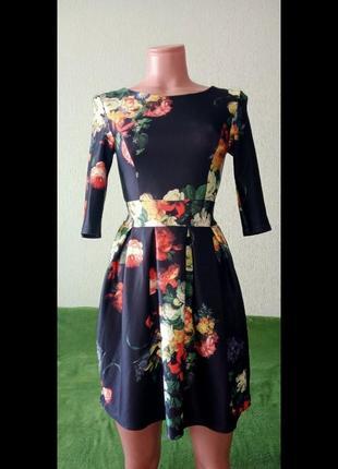 Яркое осенне-весеннее платье 36р.