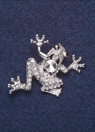 Брошь бриллиантовая лягушка